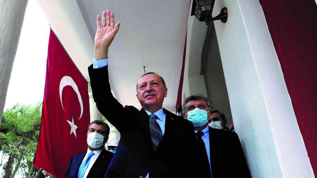 Turquía aumenta el control del gobierno sobre las organizaciones civiles