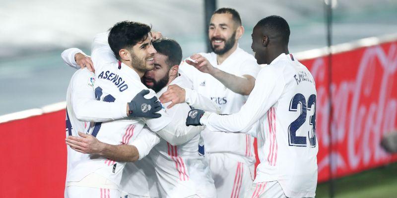 Nueva victoria del Madrid ante el Granada (2-0)