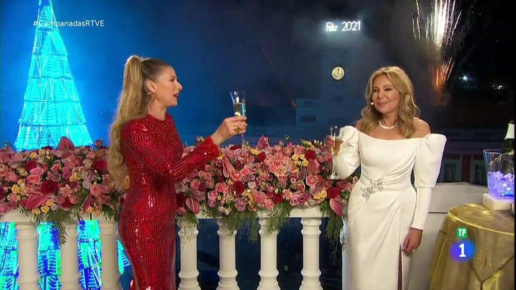 Anne Igartiburu y Ana Obregón despidieron el año en TVE