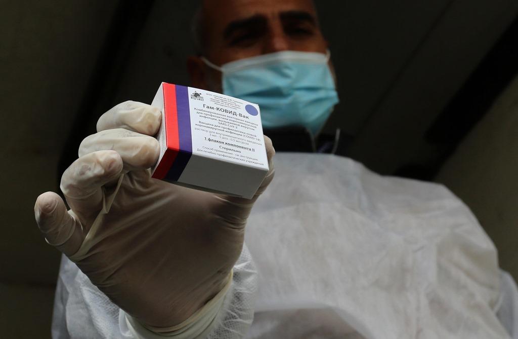 Bruselas, remite la llegada de la vacuna Sputnik V