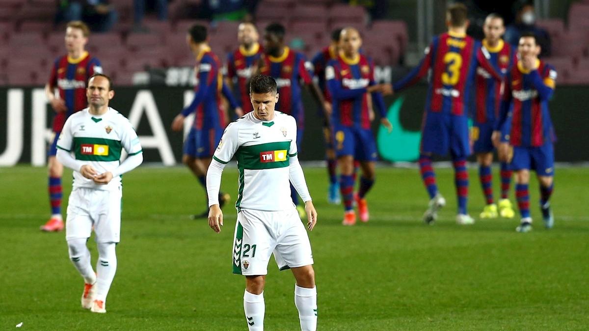 Messi despierta en el segundo tiempo y lidera el triunfo del Barcelona contra el Elche (3-0)