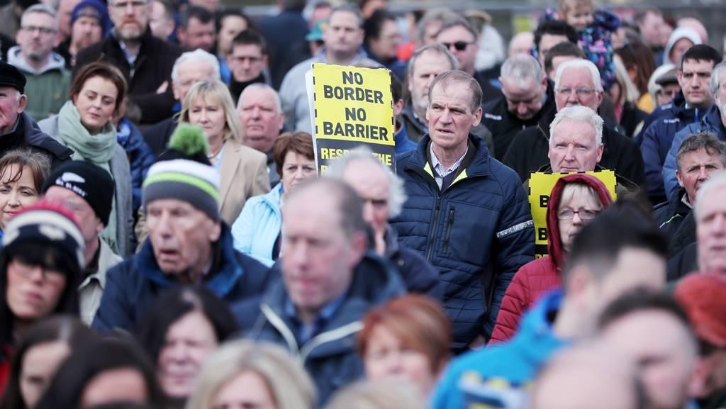 Brexit activa a los paramilitares unionistas de Irlanda del Norte